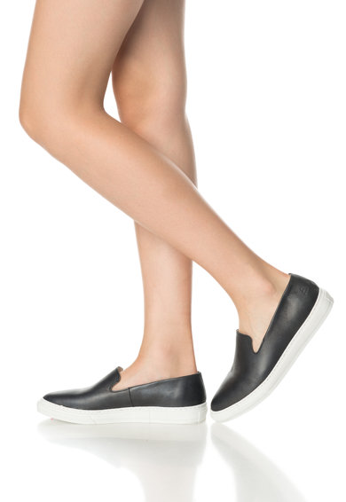 Bullboxer Pantofi slip-on negri de piele Femei